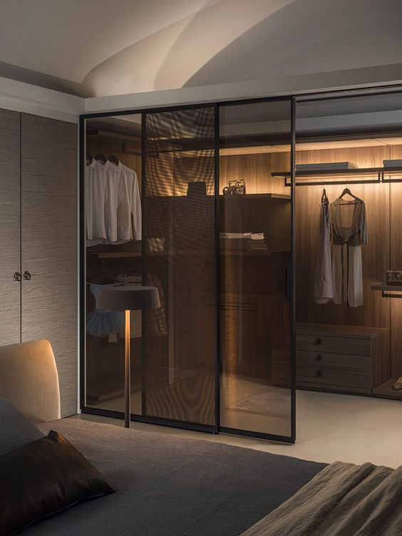 dressing dormitor modern usi din sticla