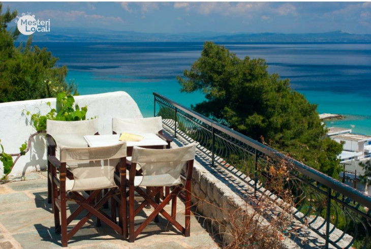 terasa mare stil mediteranean