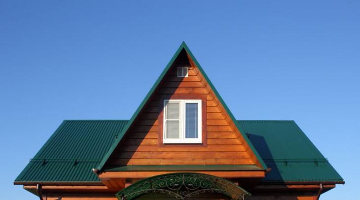 Tabla profil cutat verde acoperis cabana