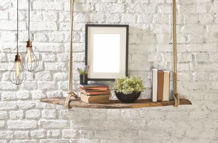 perete caramida alb lampa lumini suspendate raft suspendat lemn
