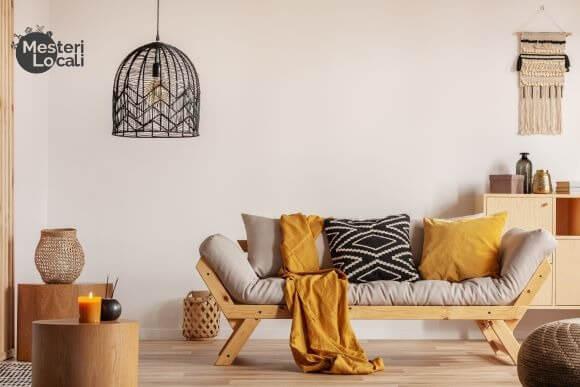 living room boho culori galben maro negru