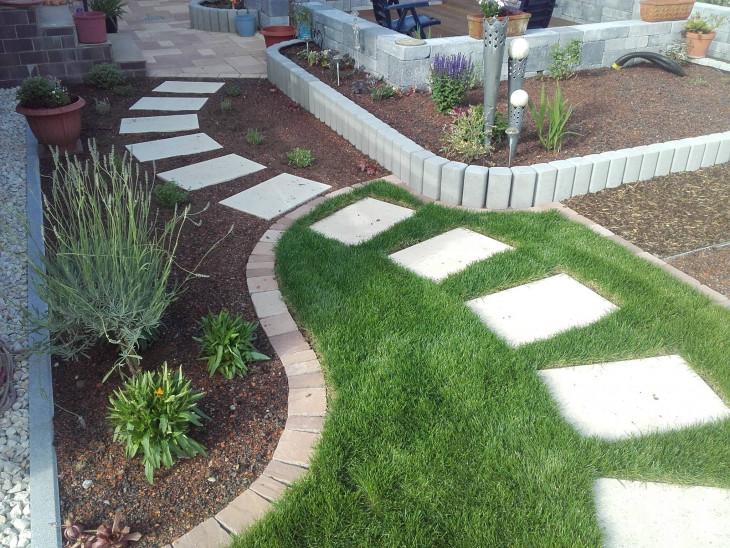 Landscaping gradina interioara pavaj trepte