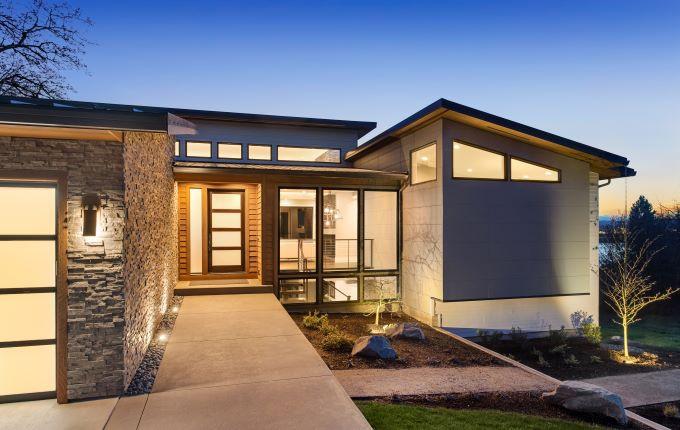 culori fatade case moderne fatada caramida casa iluminata seara